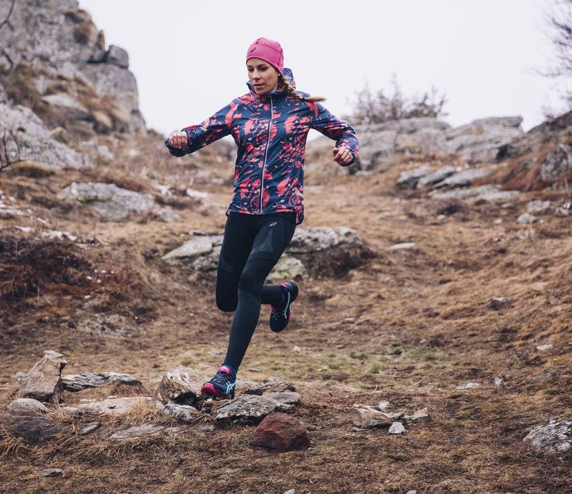 what you need to wear for running in cold weather