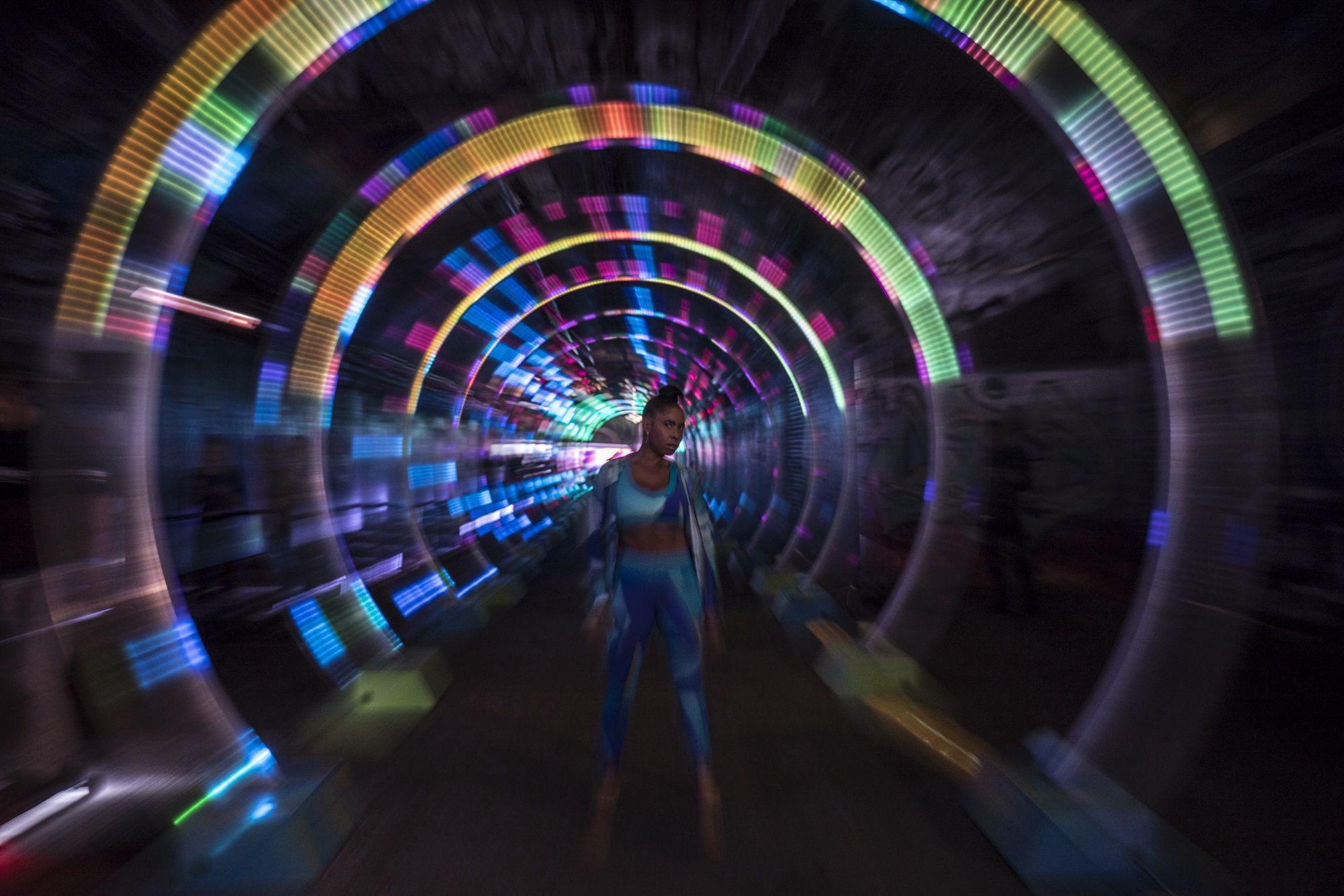 asics cmk run the tube 4