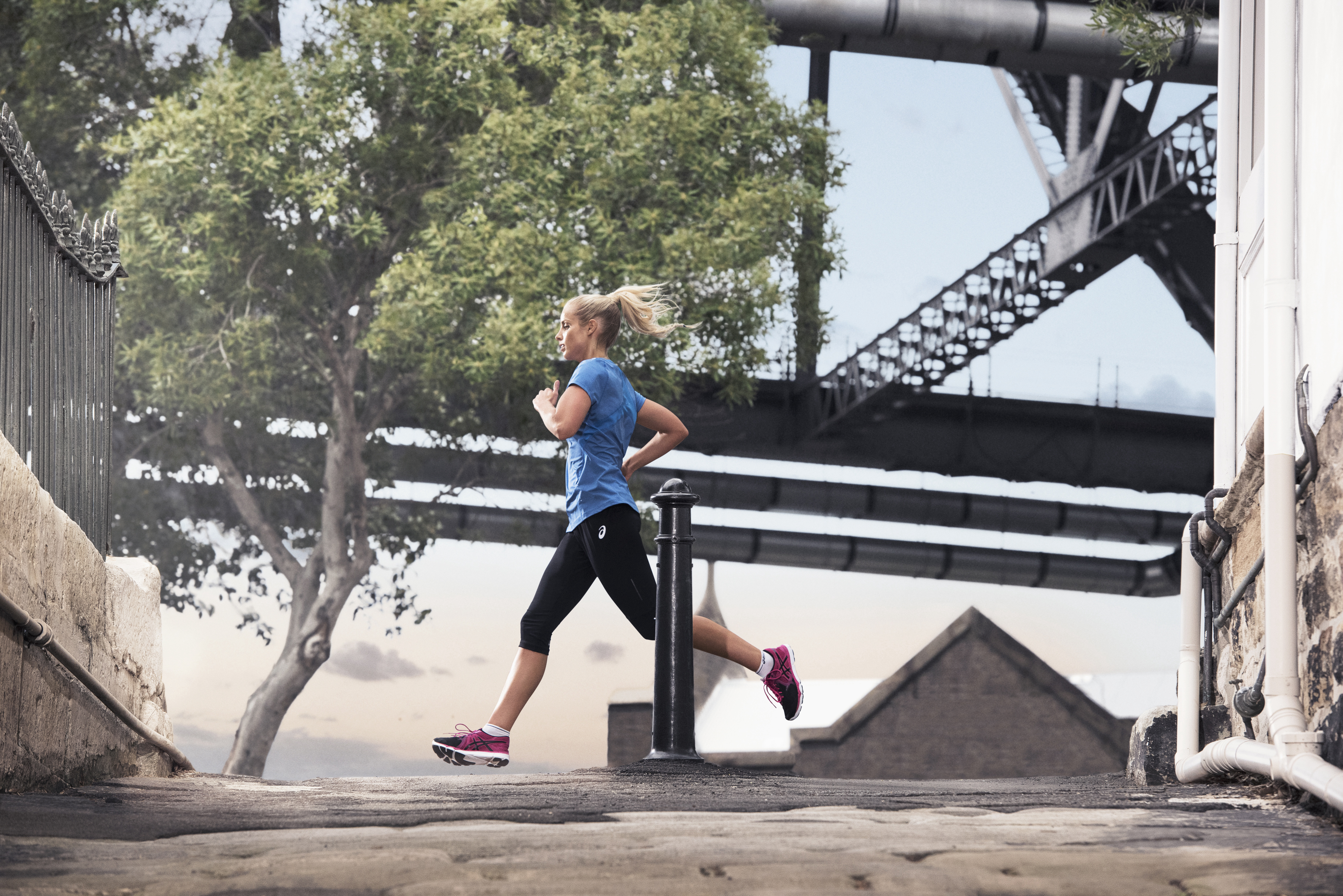 6250441e2cc84 Why Every Runner Should Have A Pair of Tights | ASICS US