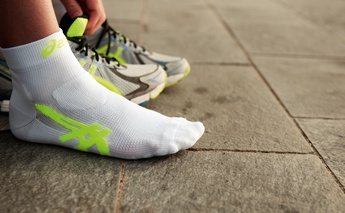 how-to-run-a-guide-to-speed-running-shoes