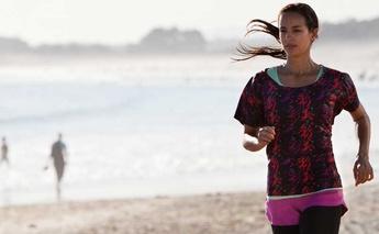 is-it-okay-to-run-on-the-beach