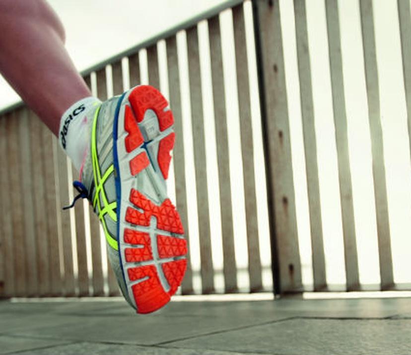 asics natural running shoes