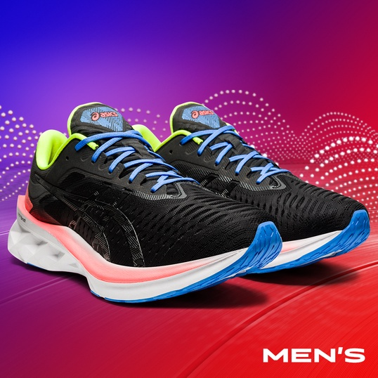 Mens black, white and purple Novablast™ running shoes.