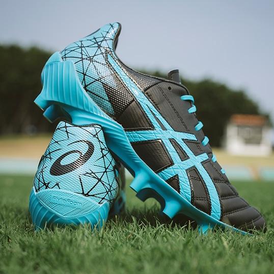 Football | ASICS AU