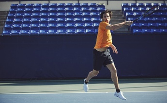 TIPS TO IMPROVE YOUR TENNIS SERVE & VOLLEY GAME