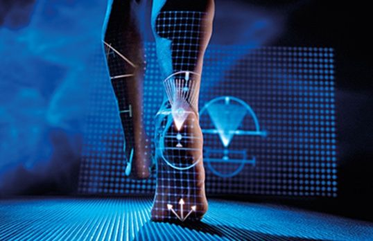 3D rendered graphic of running legs with lines and arrows.