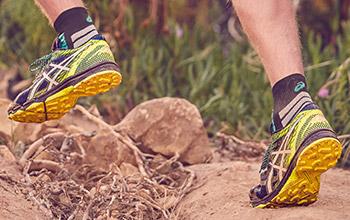 asics running shoes trail