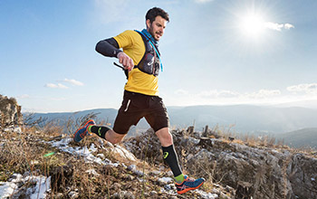 asics trail running clothes